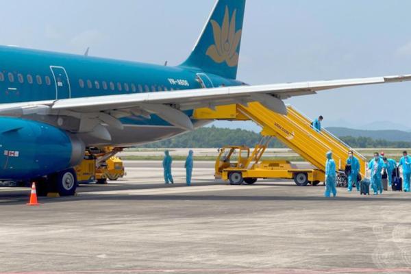 Bộ Giao thông vận tải dự kiến kế hoạch nối lại hoạt động vận tải hành khách trên toàn quốc