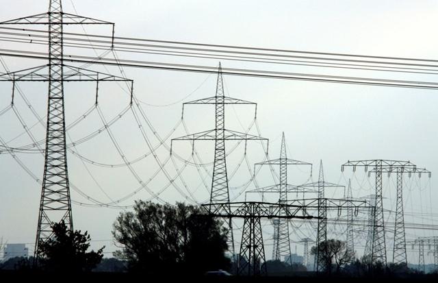 Giá điện tại châu âu tăng cao kỷ lục. Ảnh: Reuters