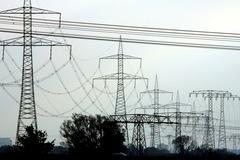 Châu Âu tìm lời giải cho bài toán giá điện tăng phi mã