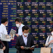 Chứng khoán châu Á trái chiều, bất ổn Evergrande tiếp tục phủ bóng nhà đầu tư