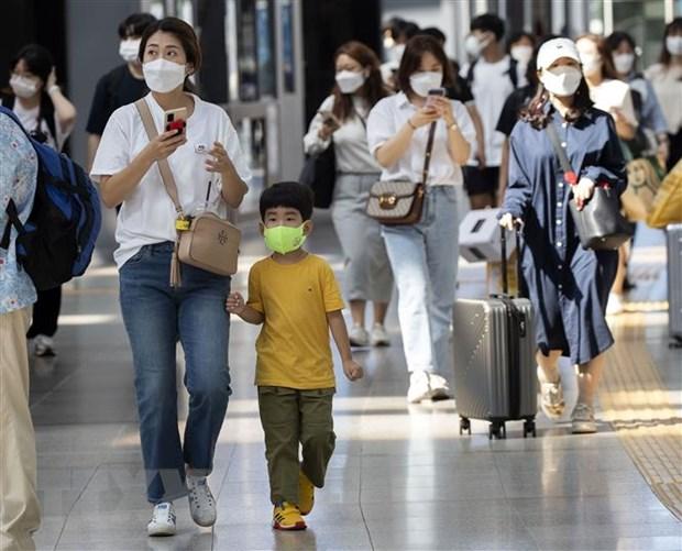 Cảnh đông đúc tại nhà ga trong kỳ nghỉ lễ Trung thu ở Seoul, Hàn Quốc, ngày 18/9. (Ảnh: THX/TTXVN)
