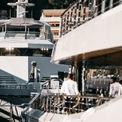 """<p class=""""Normal""""> Triển lãm du thuyền năm nay chỉ thu hút 440 nhà triển lãm tham gia, giảm so với con số 508 của năm 2019. Tuy vậy, các nhà tổ chức đều đánh giá sự kiện an toàn và hoành tráng hơn rất nhiều. Monaco hiện đứng thứ 6 trên bảng xếp hạng du thuyền toàn cầu, sau những gã khổng lồ như Mỹ và các nước láng giềng Địa Trung Hải như Ý, Pháp, Hy Lạp.<span style=""""color:rgb(34,34,34);"""">Ảnh:</span><em style=""""color:rgb(34,34,34);"""">Super Yacht Times</em></p>"""