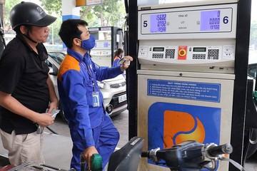 Giá xăng tăng gần 600 đồng/lít, lên cao nhất trong vòng 3 năm