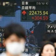 Chứng khoán châu Á trái chiều, chờ số liệu công nghiệp của Trung Quốc