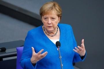 Đảng của bà Merkel thất bại trong bầu cử