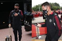 Cristiano Ronaldo dùng smartphone đời cũ