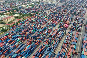 Xuất nhập khẩu tháng 9 chững lại vì đứt gãy nhưng vẫn tăng trưởng mạnh nếu tính từ đầu năm