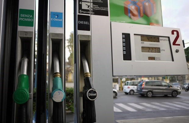 Anh: Gần 30% trạm xăng dầu vẫn đang cạn kiệt nhiên liệu