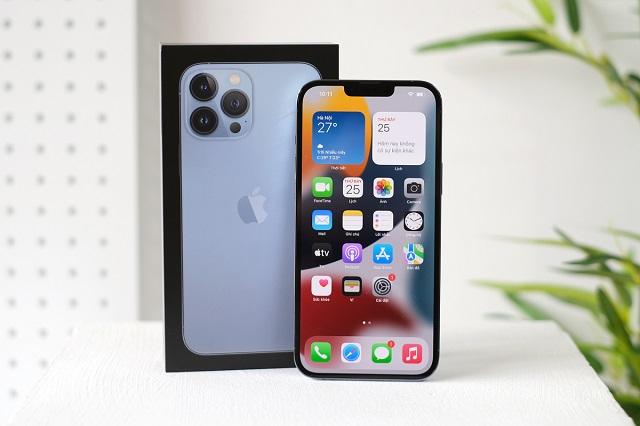7 smartphone nổi bật bán ra trong tháng 10