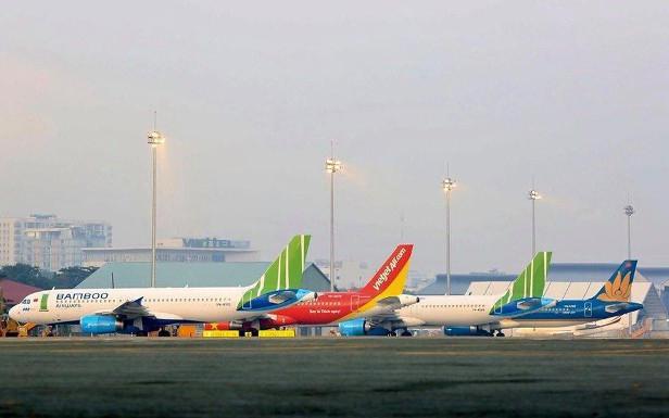 Đề xuất áp sàn giá vé máy bay: Phó thủ tướng yêu cầu Bộ GTVT chỉ đạo xử lý