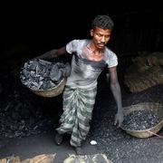Khủng hoảng than tại Ấn Độ ngày càng trầm trọng