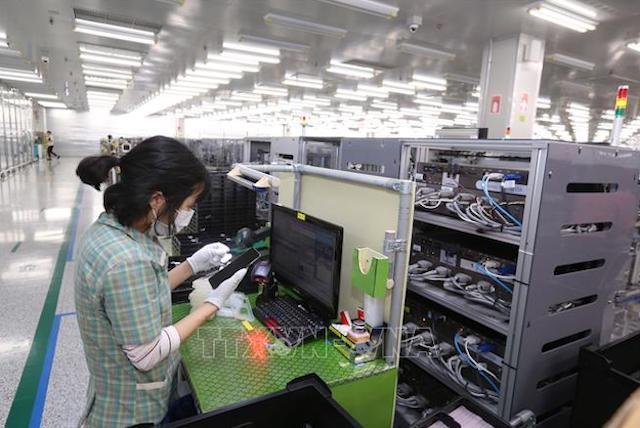 Thủ tướng ra chỉ thị mới về khôi phục sản xuất công nghiệp trong bối cảnh dịch Covid-19