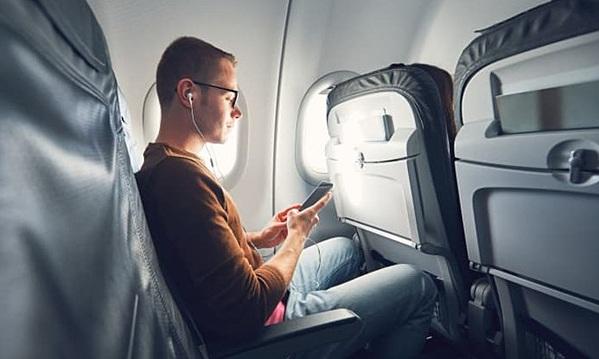 Thủ thuật đơn giản giúp tìm được vé máy bay rẻ hơn không phải ai cũng biết