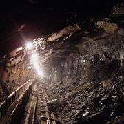 Trung Quốc nới quy định an toàn tại các mỏ vì thiếu than