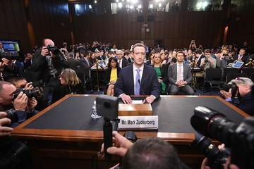 Những ngày tươi đẹp nhất của Facebook đã hết
