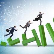 Cổ phiếu ngân hàng và chứng khoán bứt phá, VN-Index tăng hơn 15 điểm