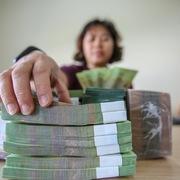 Ngân hàng rao bán nợ