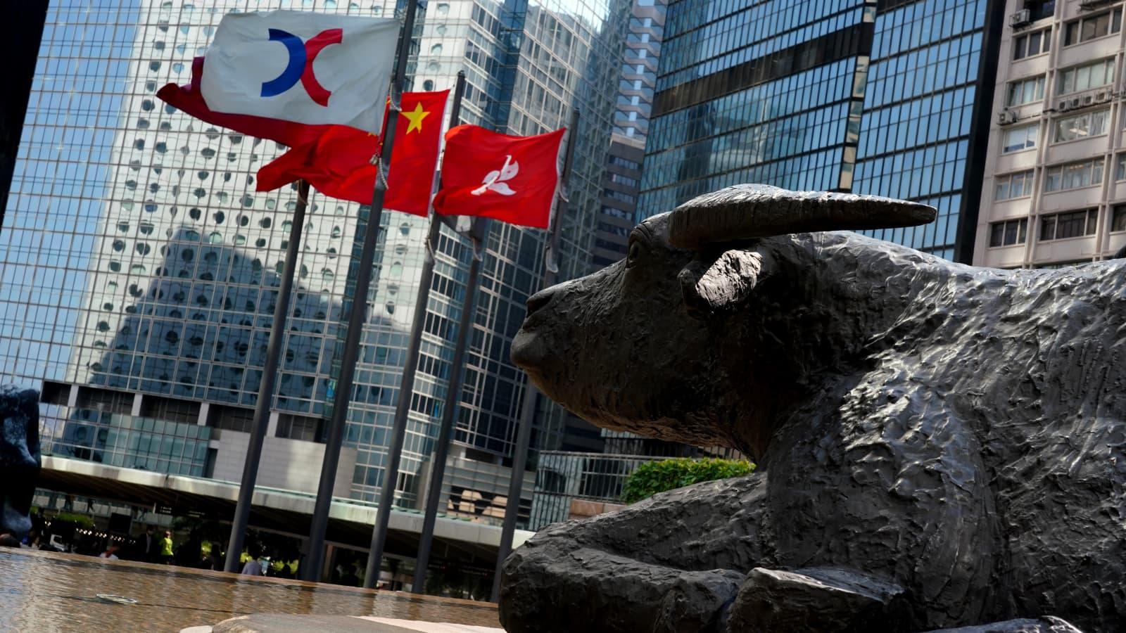 Chứng khoán châu Á tăng, Hong Kong dẫn đầu khu vực