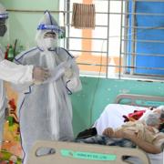 Bệnh viện tư nhân ở TP HCM được thu phí điều trị Covid-19
