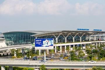 Khách đi máy bay từ TP HCM ra Hà Nội phải cách ly tập trung 7 ngày, tự đảm bảo chi phí cách ly và xét nghiệm