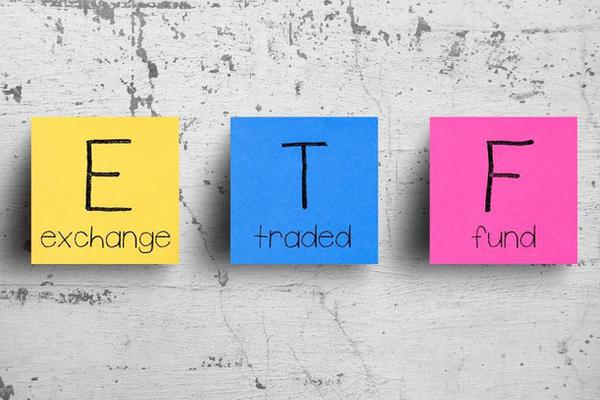 Dòng vốn ETF tiếp tục rút khỏi TTCK Việt Nam trong những ngày đầu tháng 10