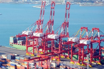 Hàn Quốc: Chi phí vận chuyển hàng không và đường biển tăng kỷ lục