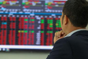 VN-Index sẽ sớm quay lại mức đỉnh cũ 1.420 điểm