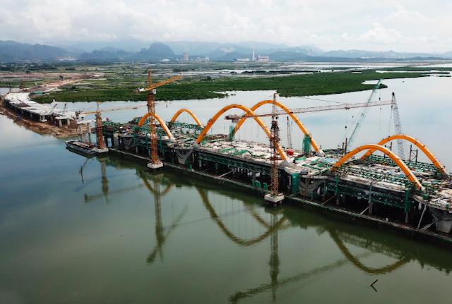 Quảng Ninh phấn đấu tăng trưởng kinh tế 2 con số năm nay