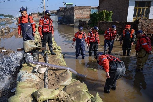 Giá than Trung Quốc lại lập đỉnh lịch sử vì lụt