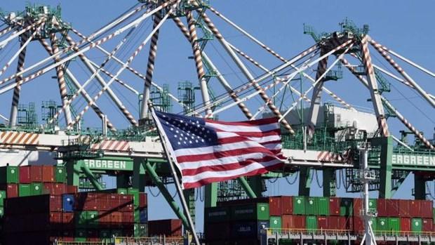 Các container hàng hóa tại cảng Long Beach ở California (Mỹ). (Nguồn: ft.com)