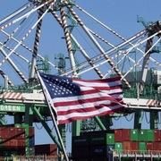 Các 'đại gia' Mỹ tăng tốc gỡ nút thắt chuỗi cung ứng toàn cầu