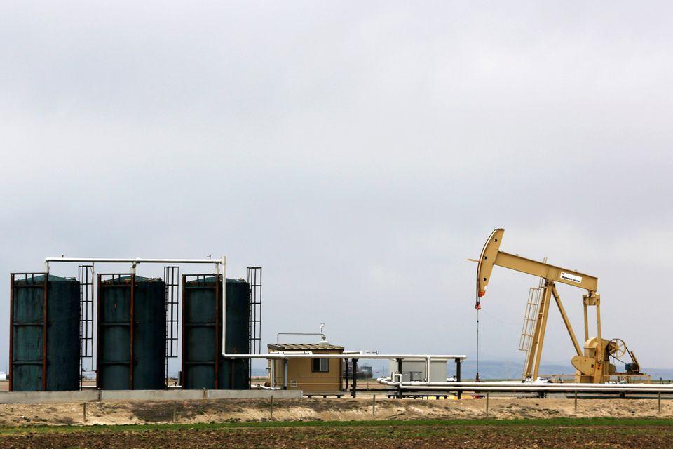 Arab Saudi bác kêu gọi tăng cung, giá dầu tăng 1%