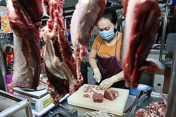 Lợn hơi 30.000 đồng/kg, giá thịt đến tay người tiêu dùng cao gấp 6 lần