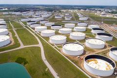 Chuyên gia Goldman Sachs: Thị trường dầu đang trong tình trạng thâm hụt dài nhất nhiều thập kỷ