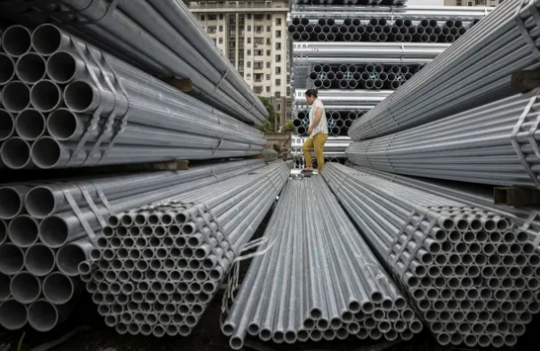 Sản lượng thép của Trung Quốc giảm mạnh vì thiếu điện