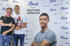 Tỷ phú Singapore bắt tay Cristiano Ronaldo làm startup về bóng đá