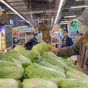 Rau xanh tại Hà Nội tăng giá vùn vụt