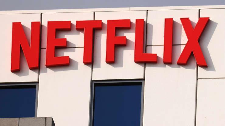 Nhà đầu tư kiếm được bao nhiêu tiền nếu đầu tư 1.000 USD vào cổ phiếu Netflix 10 năm trước?