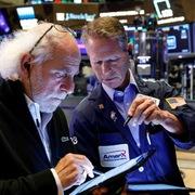 Phố Wall trái chiều, S&P 500 lập đỉnh lịch sử