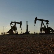 Giá dầu vượt 86 USD/thùng, có thể chạm 100 USD/thùng vào mùa đông