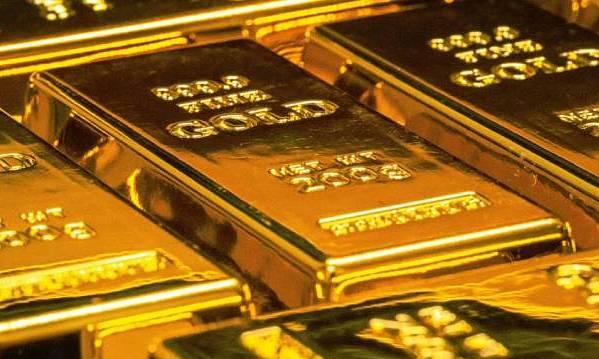 Giá vàng vượt 1.800 USD