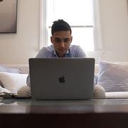 Lời khuyên của chàng trai 25 tuổi sở hữu 5 căn nhà trị giá hơn 9 triệu USD