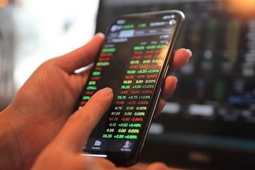 Tự doanh CTCK mua ròng hơn 800 tỷ đồng phiên 27/10, cao nhất trong hơn một năm