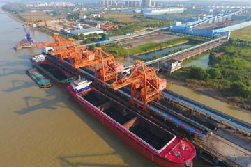 Trung Quốc đang tăng mua than từ Nga