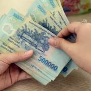 TS Nguyễn Quốc Hùng: Dư địa hỗ trợ của ngân hàng còn rất nhỏ, tiền gửi của người dân giảm